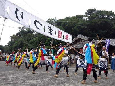 180727-37=ONA祇園まつり棒踊り by子供 aONA温泉前