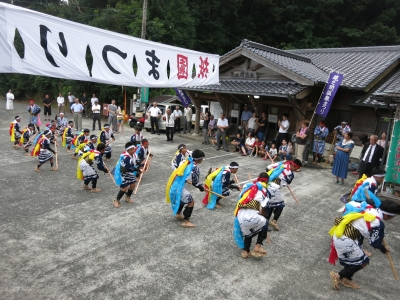 180727-38=ONA祇園まつり棒踊り by子供 aONA温泉前