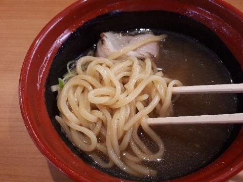 くら寿司・H30・6 醤油らーめん 麺