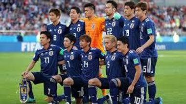 サッカー ワールドカップ パス回し 豊川 御津 花屋