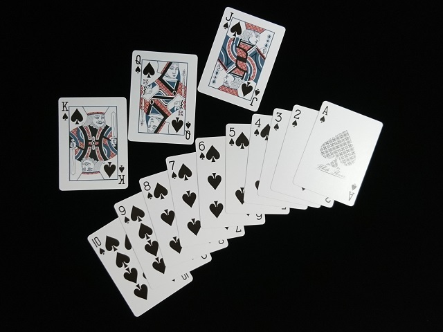 White Flower Playing Cards (6)