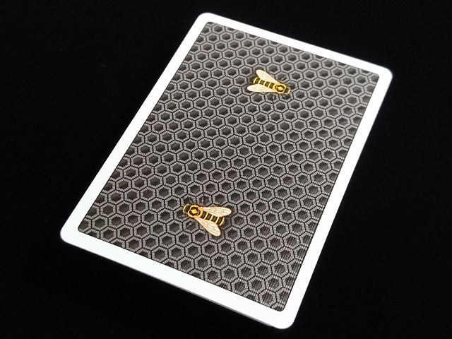 Honeybee V2 Playing Cards Black (3)