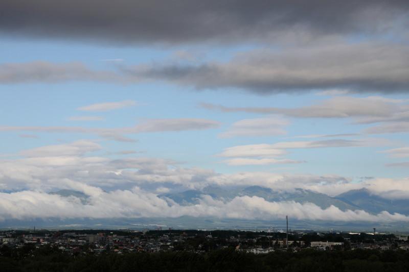 雲が降りた朝 6103 0001署名入りedited
