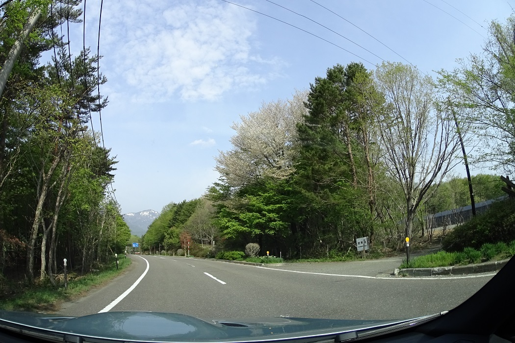 初夏の甲子道路から大内宿へ