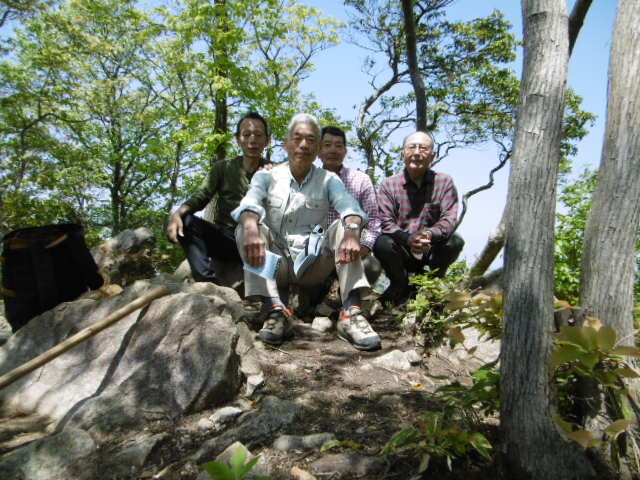 箕作山の頂上の写真