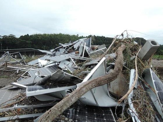 2014年6月の宮崎県豪雨で被災したメガソーラの状況