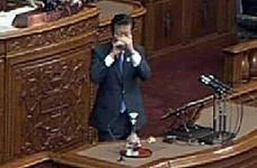 公明党党首の山口那津雄も、朝鮮飲み