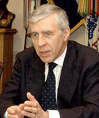 Jack_Straw_meeting_with_Rumsfeld_at_Pentagon,_May_19,_2005,ジャック・ストロー
