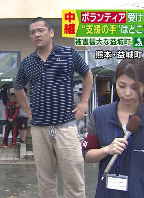 一方、TBSのニュース番組「Nスタ」は、被災地の中継中に、被災者から「見世物じゃねえ!車邪魔や!どかせ!」と怒鳴られた!