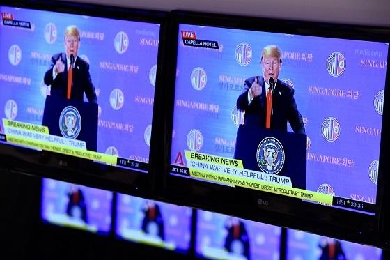 共同声明には具体的な項目が盛りこまれていません。「完全な非核化」の対象も北朝鮮だけでなく、在韓米軍も含めた「朝鮮半島」全域。北朝鮮の主張に沿ったものです。米国が北朝鮮から新たに得たものはほとんど見あた