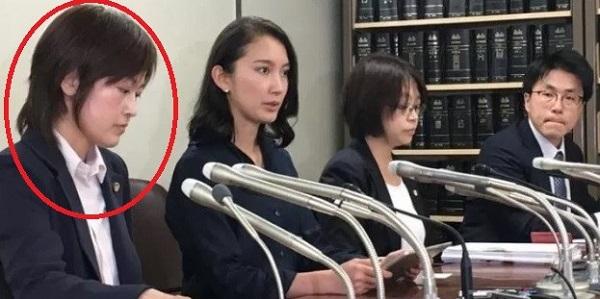 民進党直属の法律事務所の弁護士が同伴