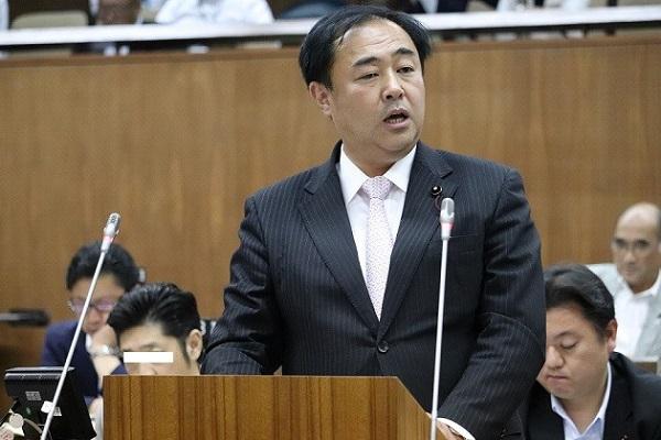 米朝会談が行われた12日の夕方、葛飾区議会で鈴木信行が約20分(区長行政側答弁は含まず)の一般質問を行った。