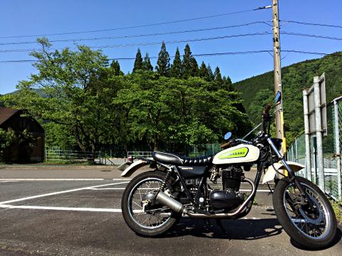 250TR_薄墨桜の駐車場2018_01