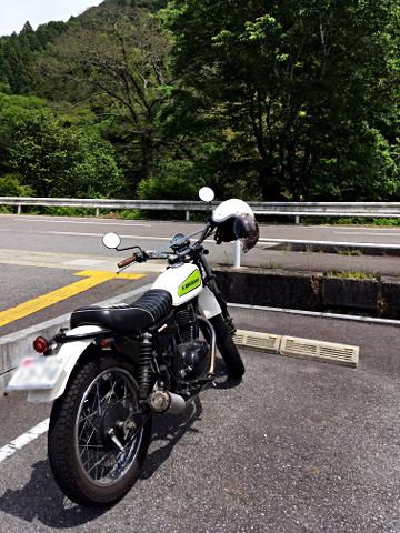 250TR_マツオカ武儀店の駐車場2018_01