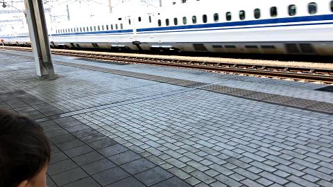 岐阜羽島駅_N700系_通過する2018_01