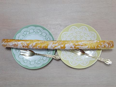 よしの屋製菓_ラインケーキ2018_02