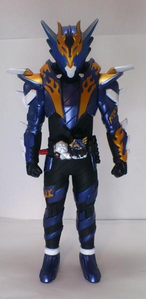 仮面ライダークローズ 1