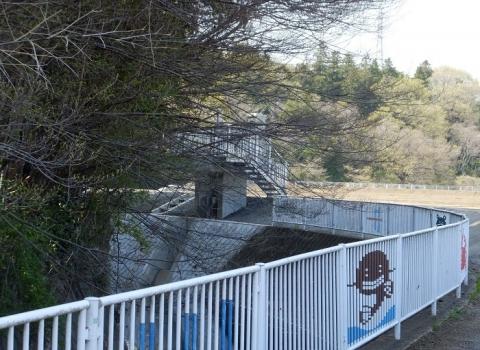 比留川の工事中調節池・排水ゲート
