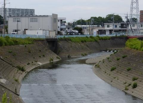 境川に合流する目黒川