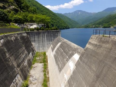 広瀬ダム非常用洪水吐