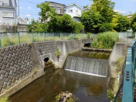 新戸用水取水堰