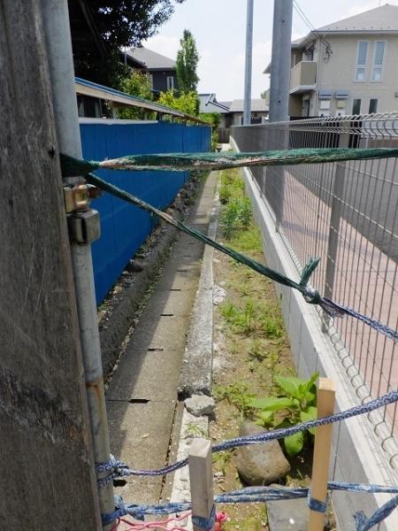 新戸用水路の支線用水路