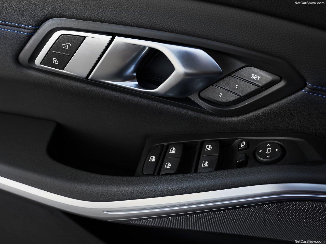 BMW-330i_M_Sport-2019-1280-5c.jpg