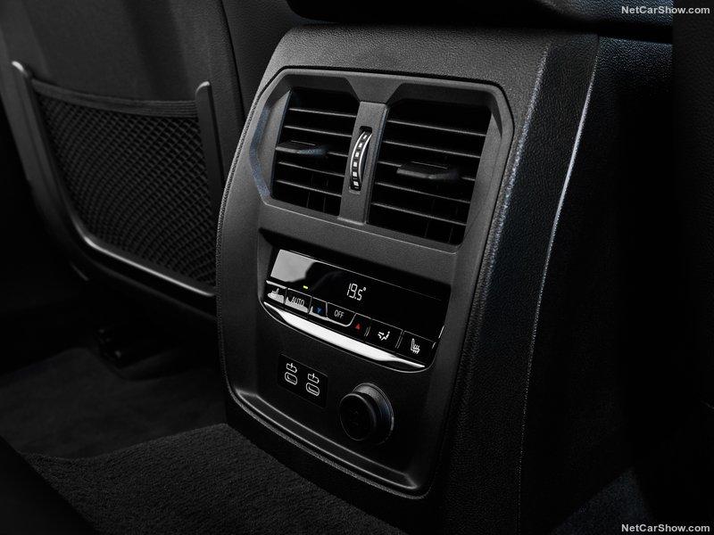 BMW-330i_M_Sport-2019-800-5b.jpg