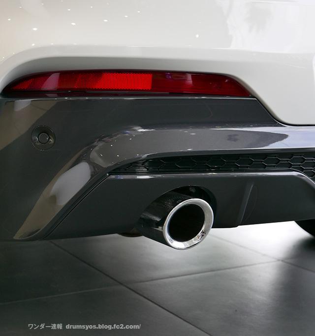 BMWX4_11.jpg