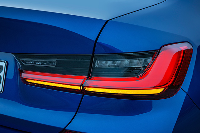BMWnew3series01.jpg