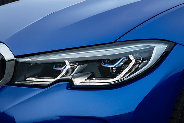 BMWnew3series04.jpg