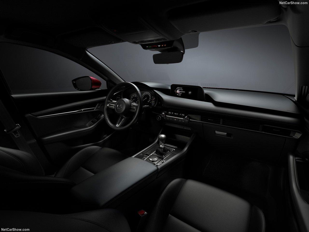 Mazda-3-2019-1280-7d.jpg