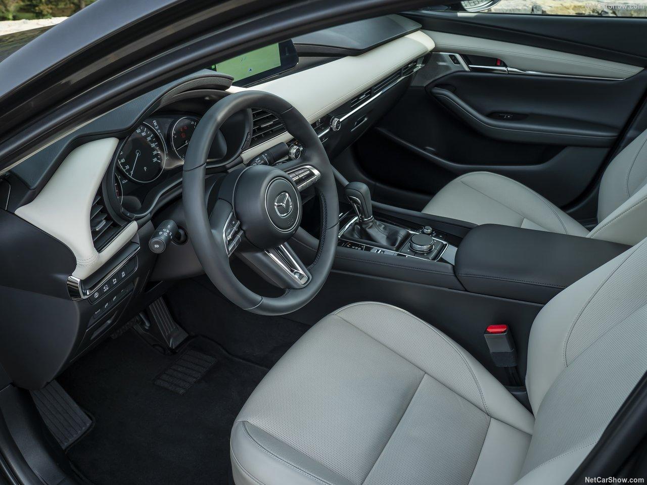 Mazda-3_Sedan-2019-1280-36.jpg