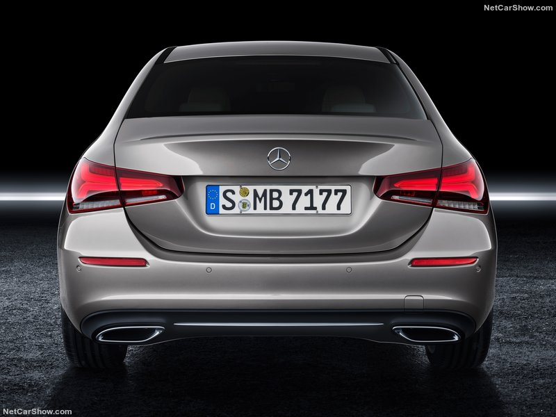 Mercedes-Benz-A-Class_Sedan-2019-800-28.jpg