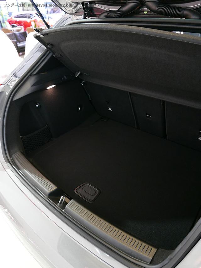 Mercedes-Benz_Aclass20.jpg
