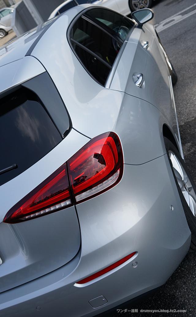 MercedesA180_51.jpg