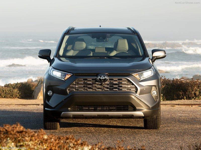 Toyota-RAV4-2019-800-26.jpg