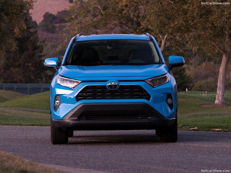 Toyota-RAV4-2019-800-27.jpg