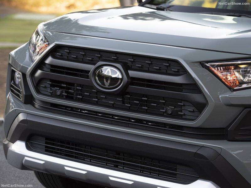Toyota-RAV4_Adventure-2019-800-8d.jpg
