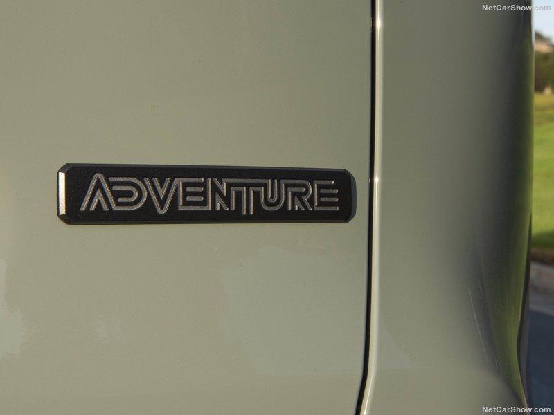 Toyota-RAV4_Adventure-2019-800-a5.jpg