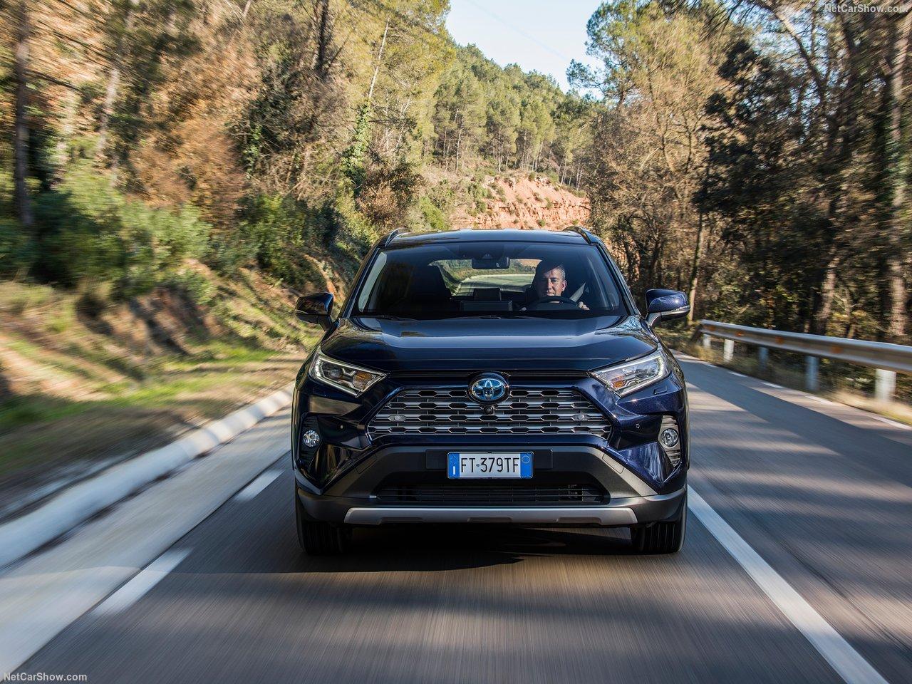 Toyota-RAV4_Hybrid_EU-Version-2019-1280-66.jpg