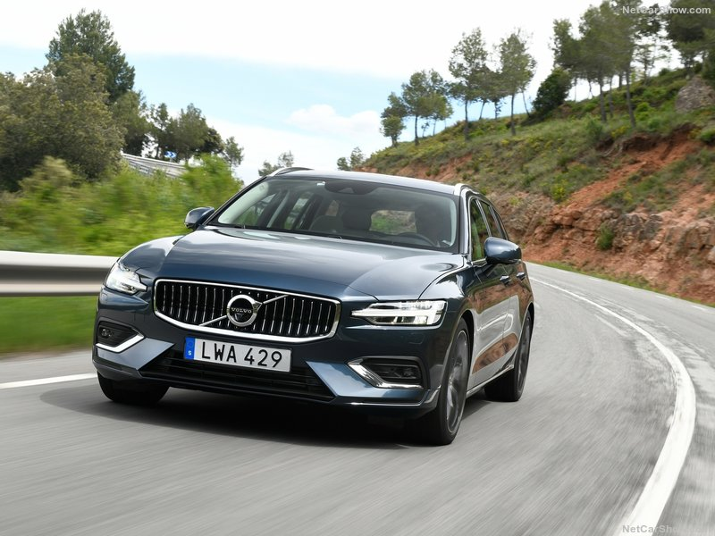 Volvo-V60-2019-800-28.jpg