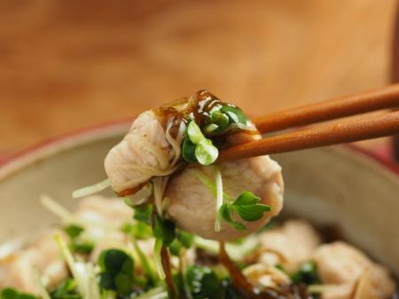鶏むね肉のもずく酢和え026