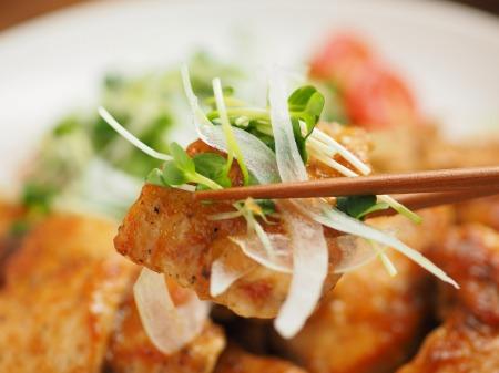 鶏むね肉のレモンステーキ062