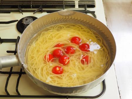 トマトと辛子明太子の冷製パ046