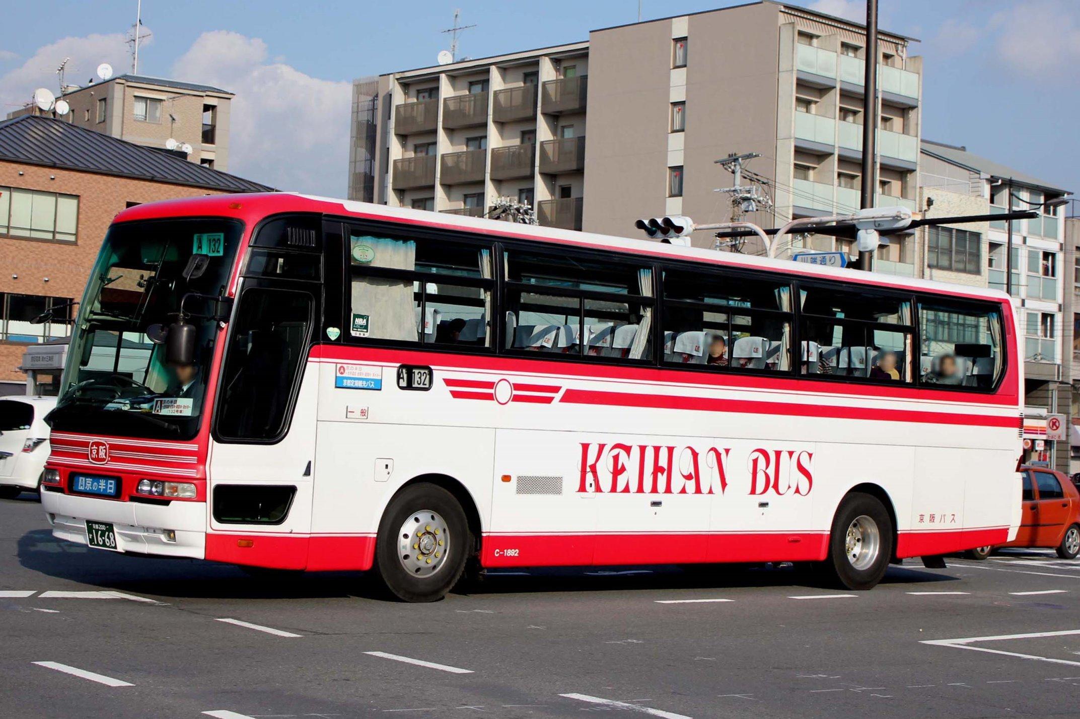 京阪バス C-1892