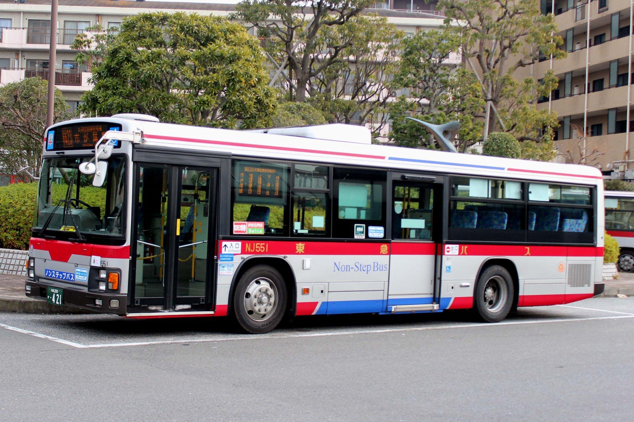 東急バス NJ551