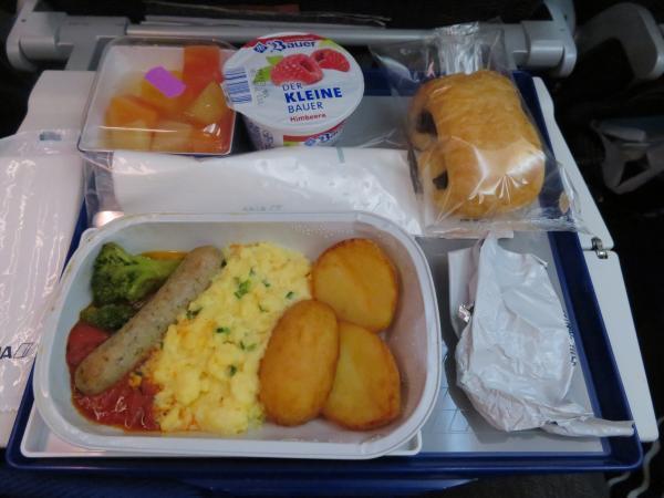 復路の機内食2