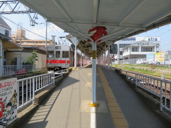上野市駅3