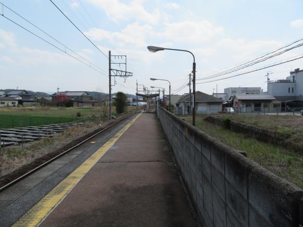 依那古駅3